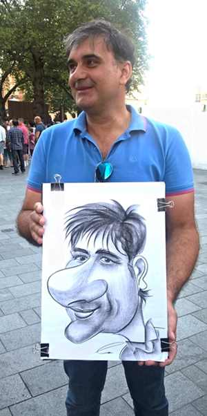 Caricaturist Biggest nose