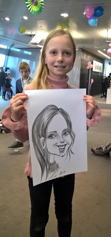 Caricaturist at Children Christmas party